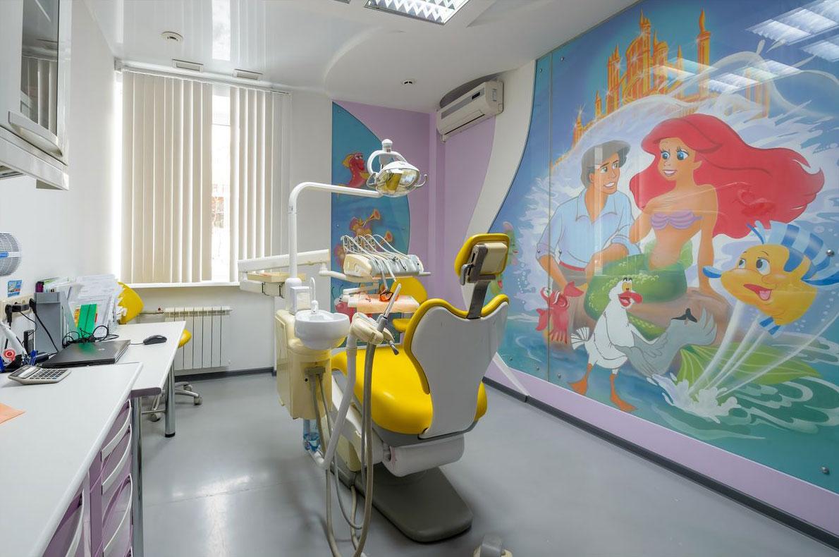 какая стоматологическая комника в кирове лучше